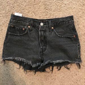 Levi black button fly shorts size 26